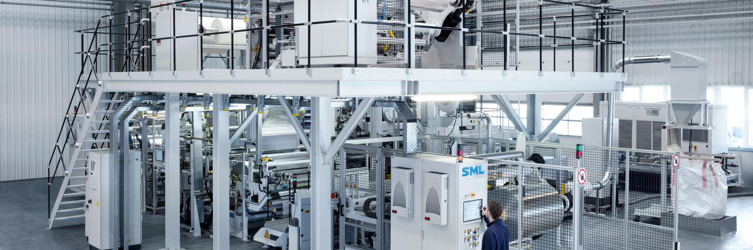 SML FlexPack extrusion coating and laminating line